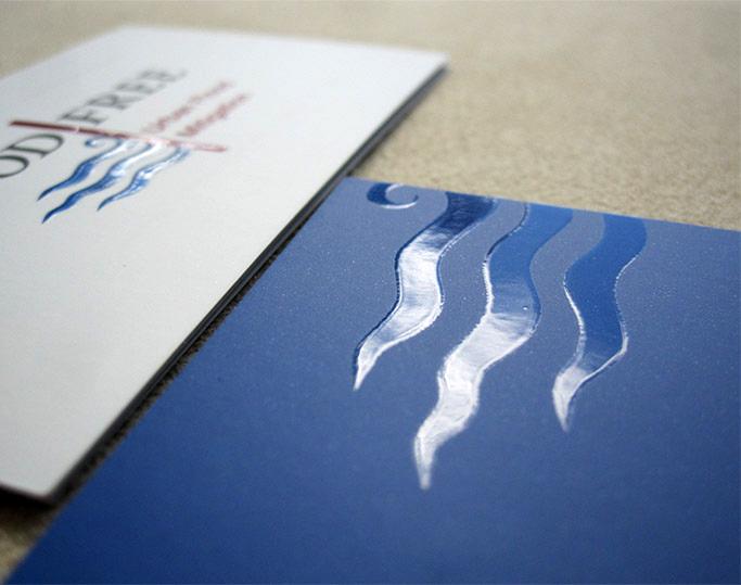 Spot varnish on printed elements